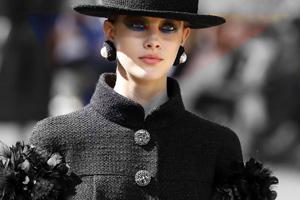 Chanel на Неделе высокой моды: акварельные глаза