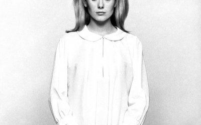 10 самых крутых портретов Катрин Денев