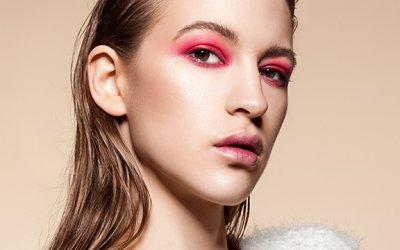 Радужные перспективы: самый модный летний макияж глаз