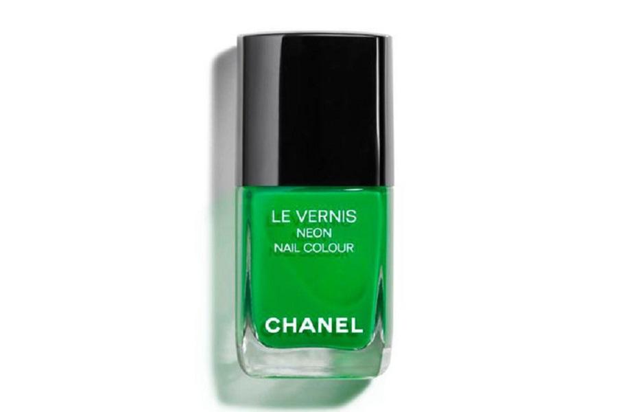 Chanel Le Vernis Neon Nail Colour Fantastic