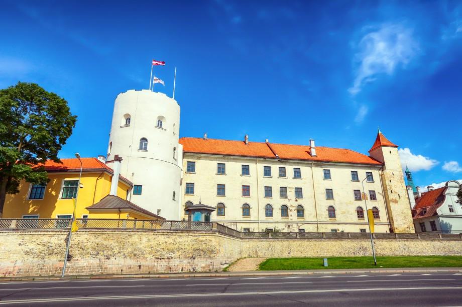 Рижский замок на берегу Даугавы