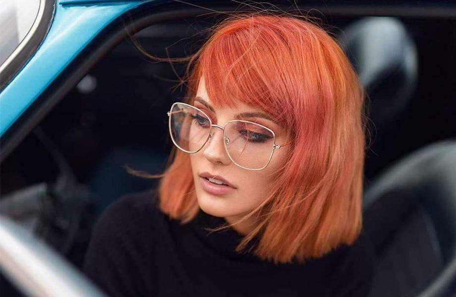 Главный тренд в окрашивании волос 2019 года: оттенок «живой коралл»