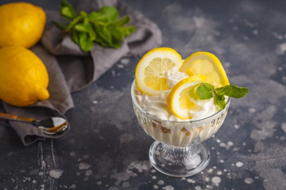 Мусс из йогурта и лимона