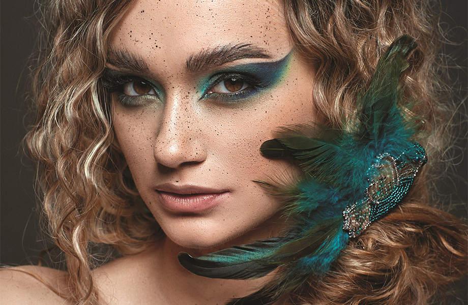 Для вдохновения: 3 креативных макияжа с акцентом на глаза