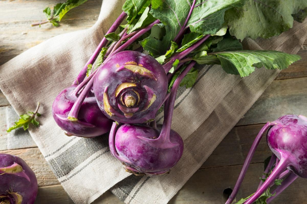 Чем полезна капуста кольраби