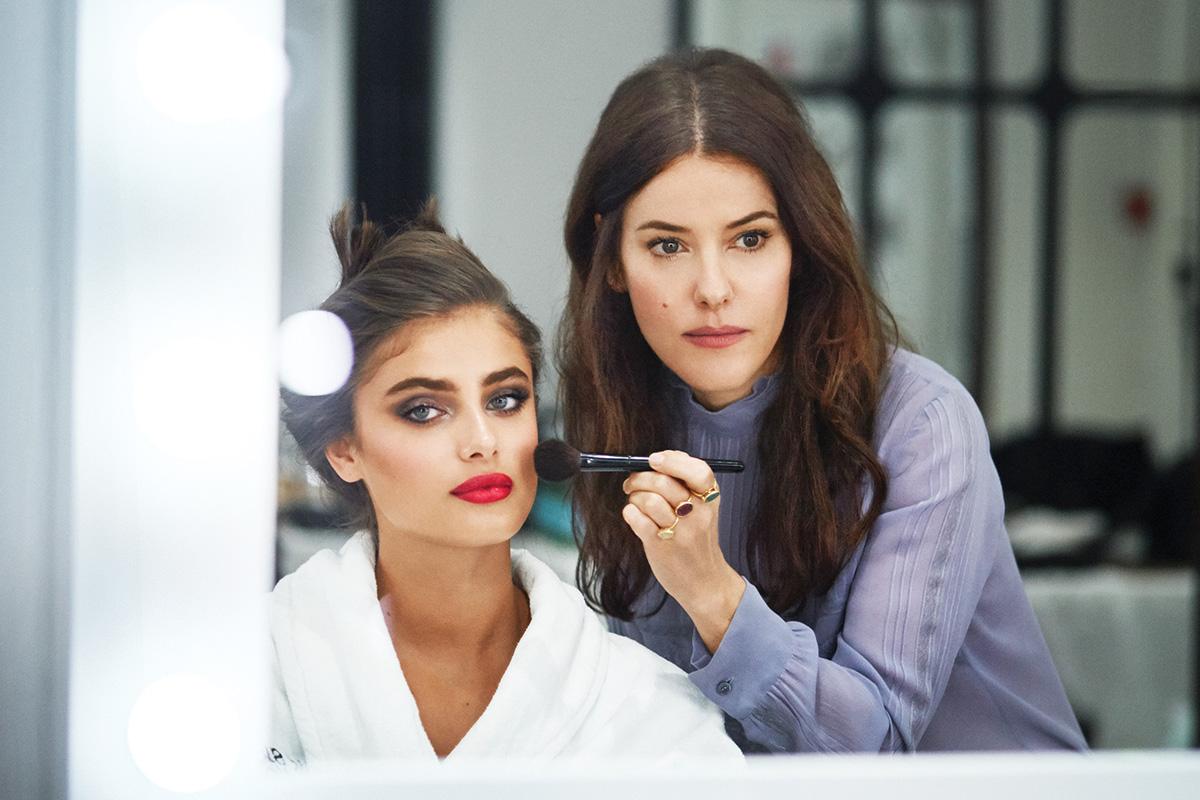 Makeup-гуру: топ-5 визажистов-блогеров, у которых есть чему поучиться