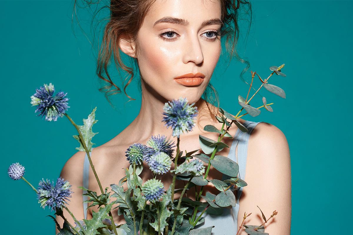 Уход за кожей летом: слово косметологу