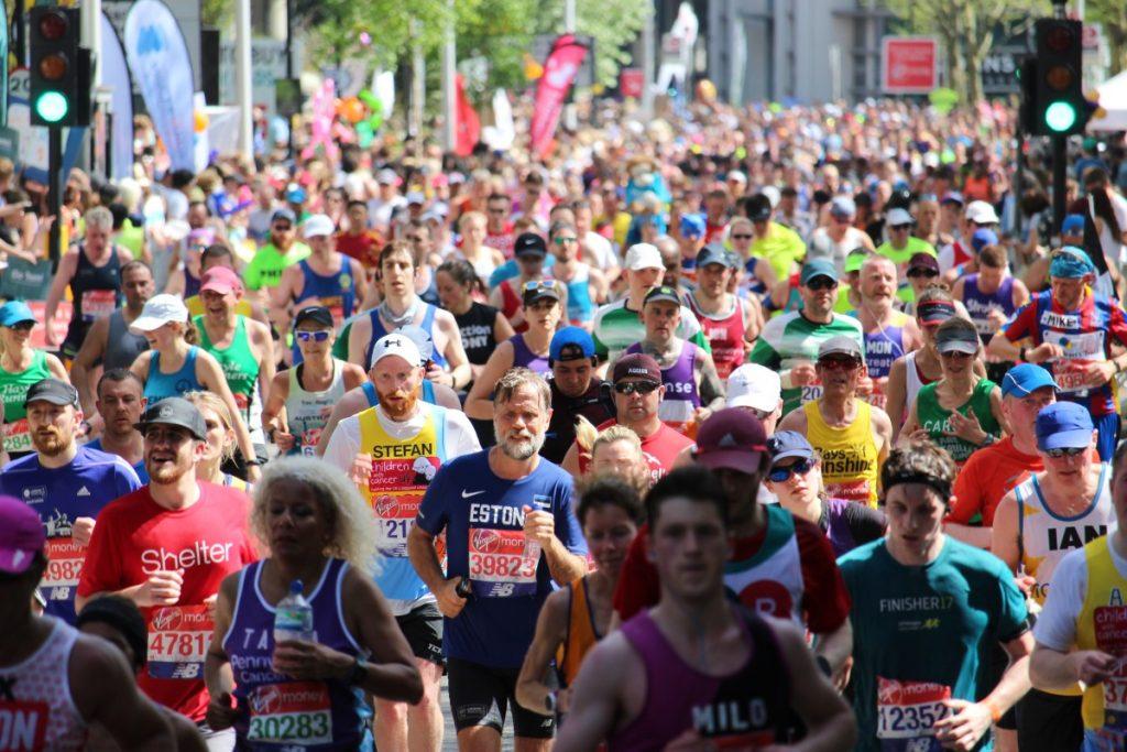почему вам стоит пробежать марафон