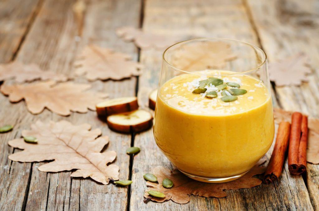 Гарбузовий смузі з кавою і шпинатом