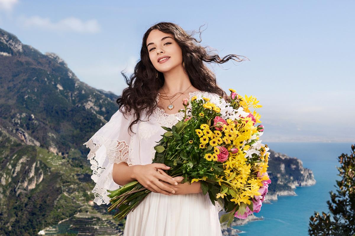 Дева Кассель — лицо нового аромата Dolce & Gabbana