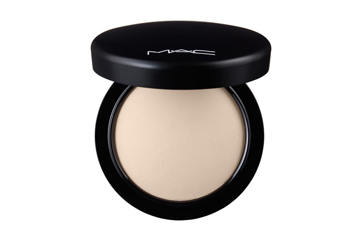 MAC Mineralize Skinfinish Natural
