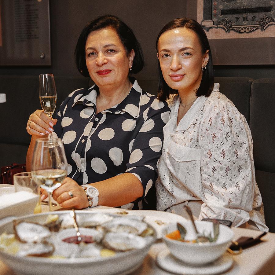 Мила Бараева с мамой