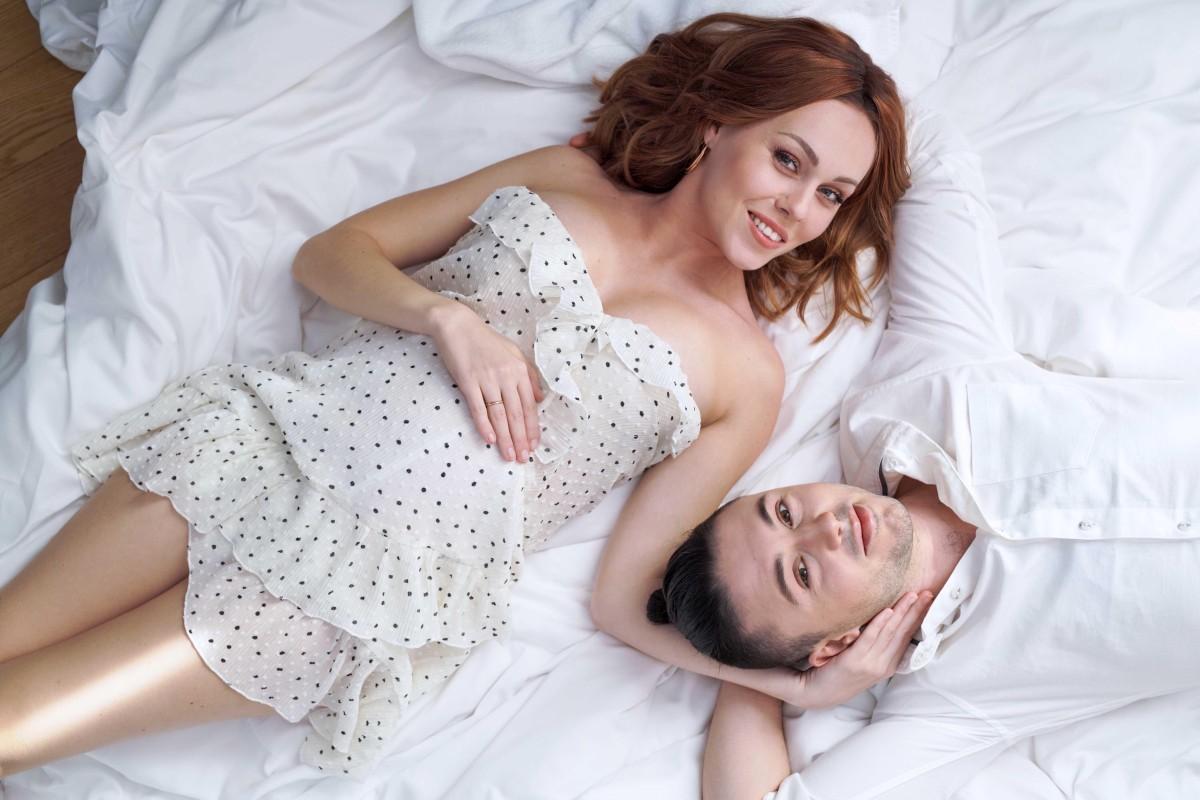 ALYOSHA о новом сингле, красивой беременности и планах на лето