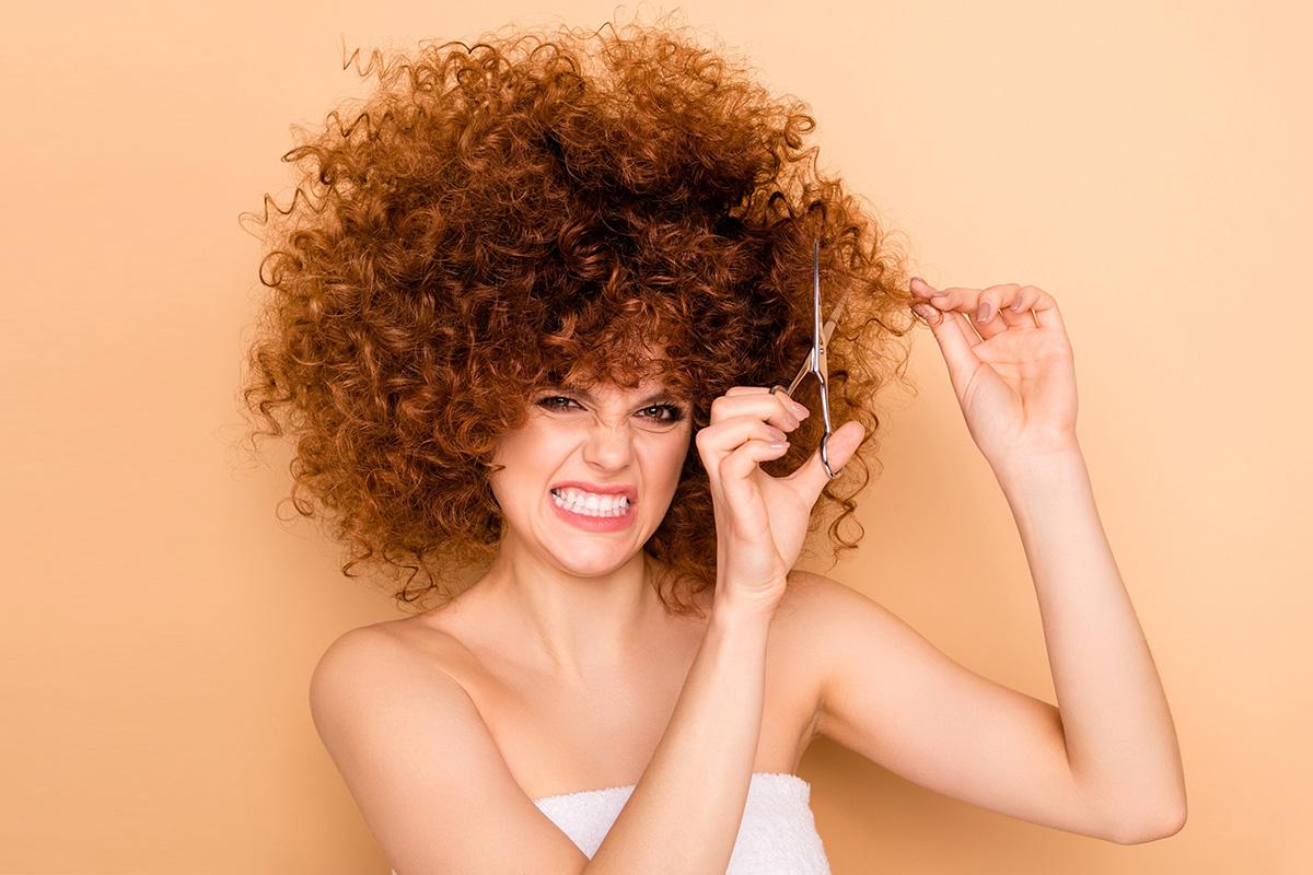 Как подстричь кудрявые волосы в домашних условиях