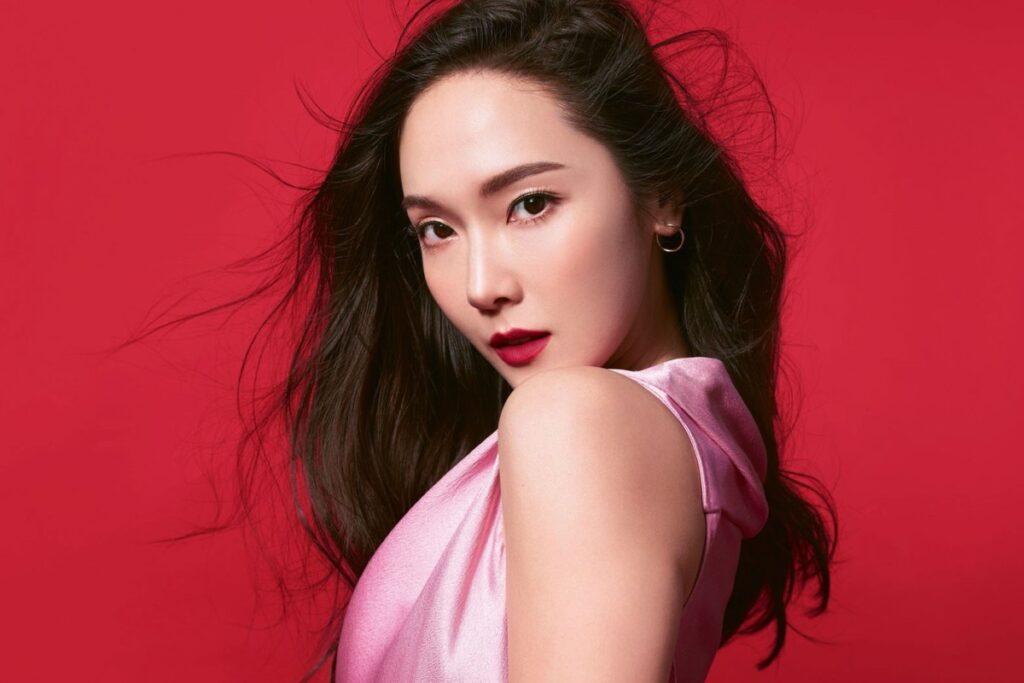 Звезда k-pop Джессика Чон стала глобальным амбассадором Revlon