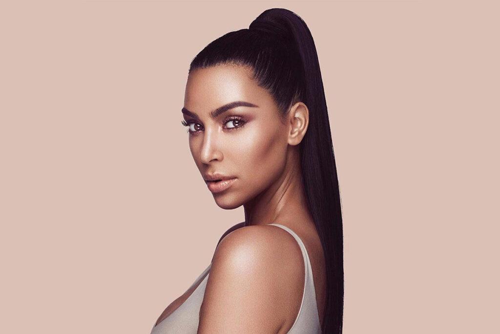 Компания Coty выкупила акции бьюти-бренда Ким Кардашьян