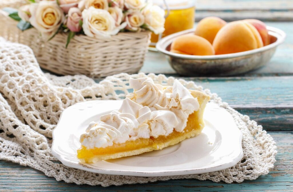 абрикосовый пирог со сливками рецепт
