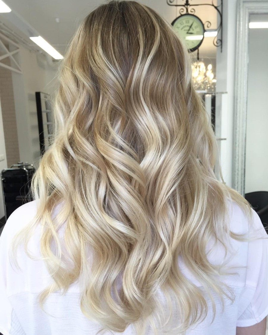 Шатуш на светлых волосах
