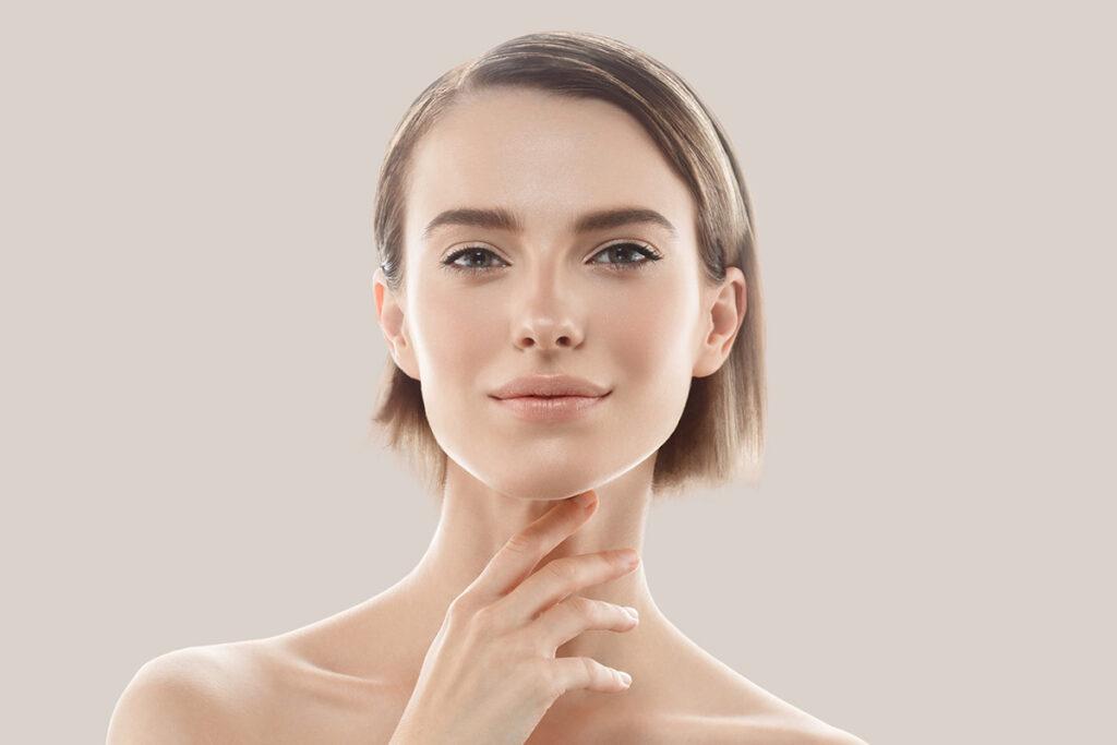 Крем для губ: особенности ухода