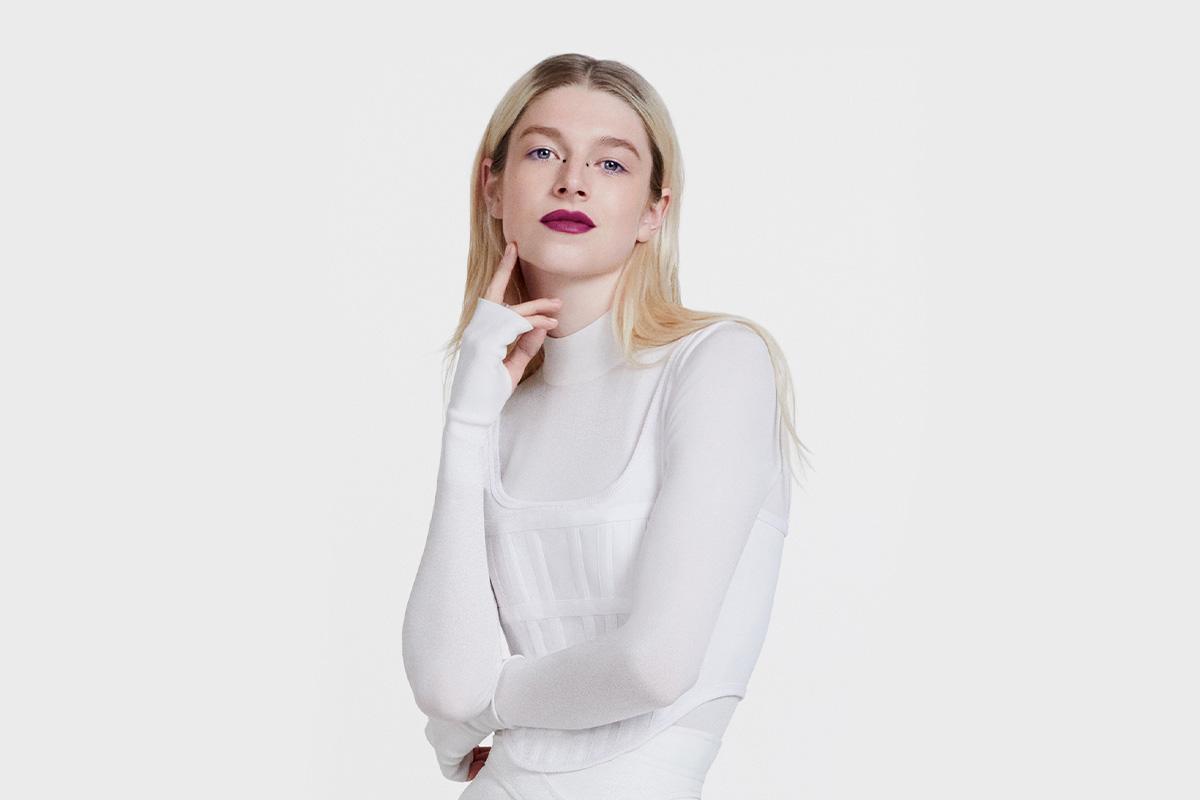 Хантер Шафер стала новым лицом японского косметического бренда Shiseido