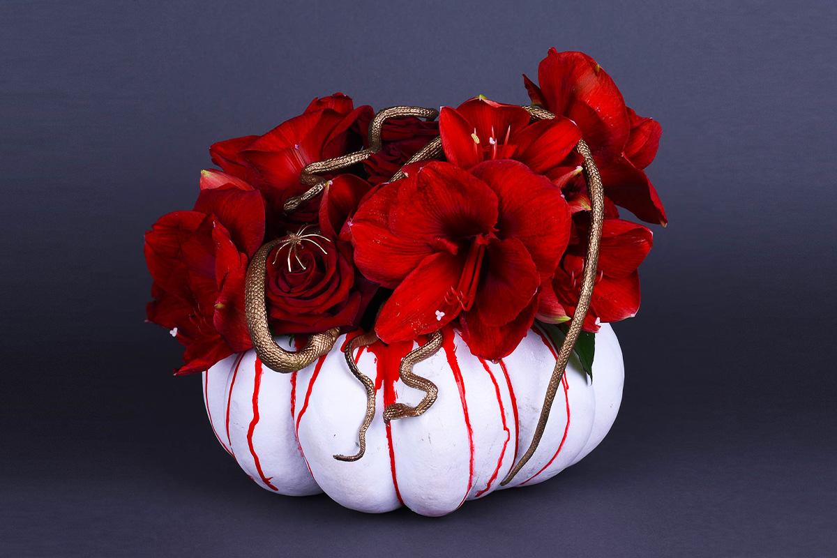 """Хэллоуин 2020: """"светильник Джека"""", тыквы с цветами и декораторы"""