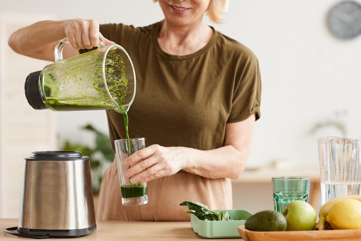 Витамины и добавки для людей зрелого и бархатного возраста
