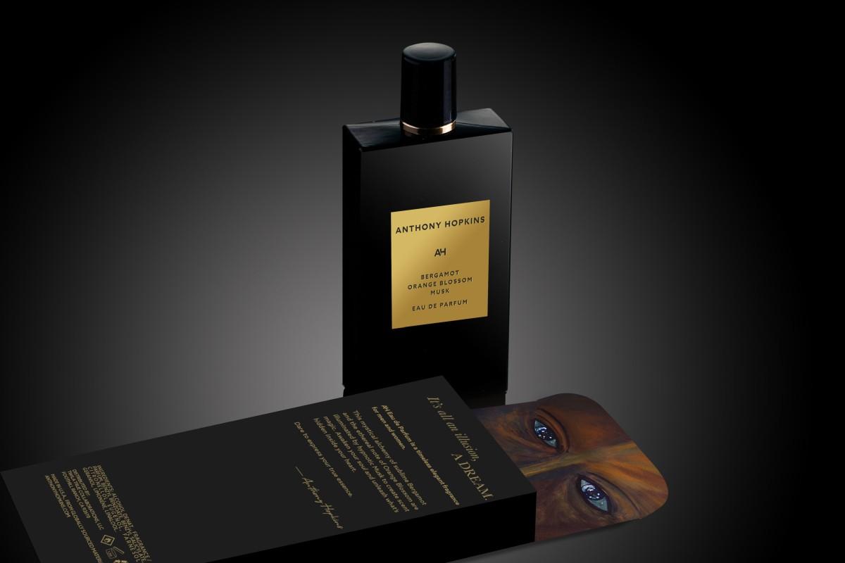Ентоні Хопкінс випустив власний однойменний парфумерний бренд