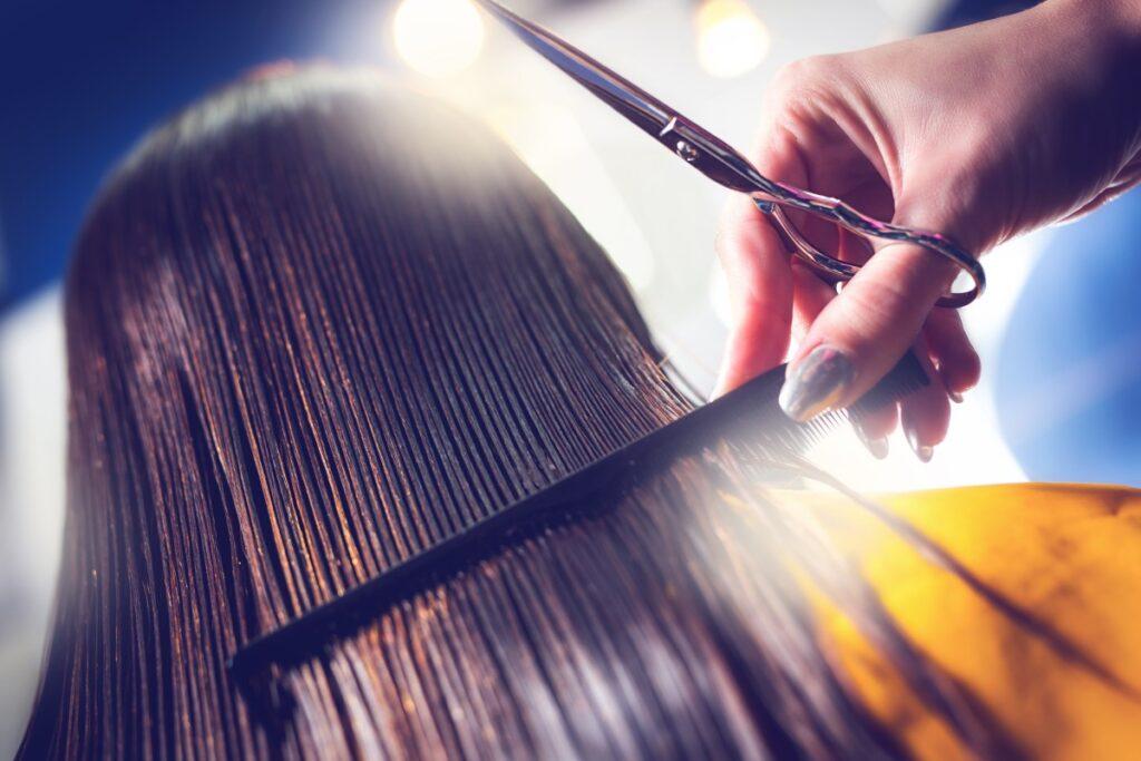 Как остановить выпадение волос: топ-3 правила