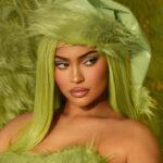 В стиле «Гринча»: новая коллекция макияжа Kylie Cosmetics x The Grinch