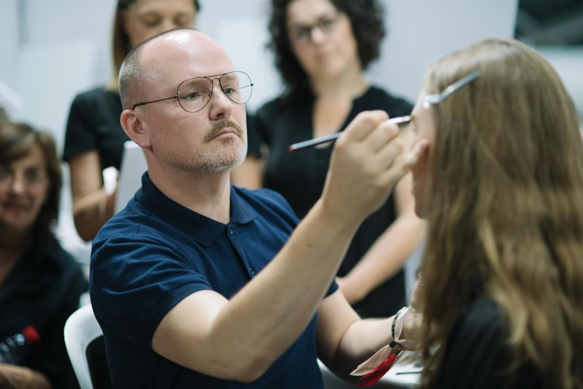 Питер Филипс об изменениях в бьюти-индустрии и тренды макияжа 2021