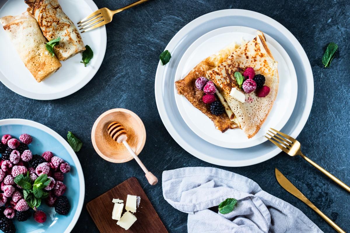 Рецепти млинців до Масляної: базовий, на сироватці та веганські