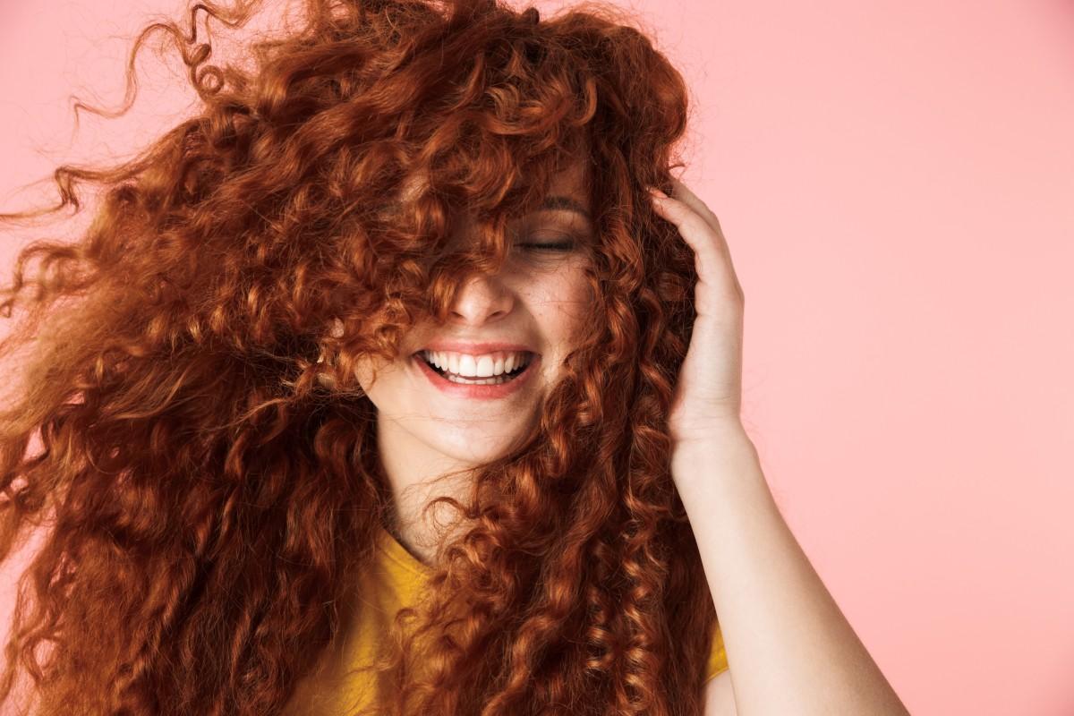 Карвинг волос: спасение или наказание для локонов