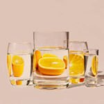 Вода з лимоном натщесерце: кому допомагає, а кому шкодить