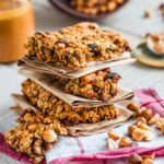 Як приготувати домашні вівсяні батончики – смачні ідеї