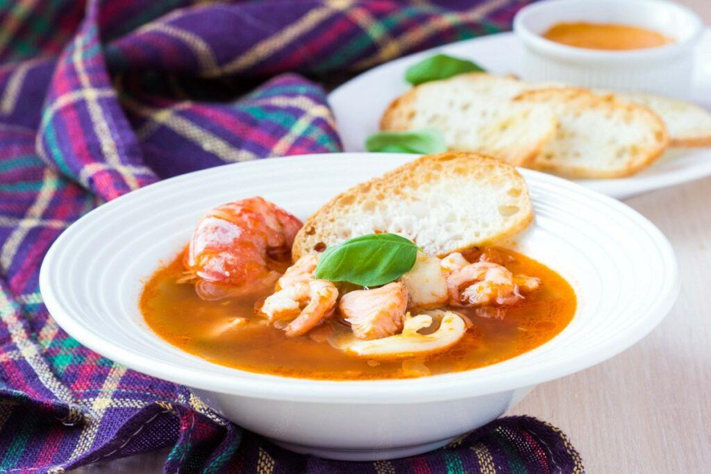 Середземноморський рибний суп