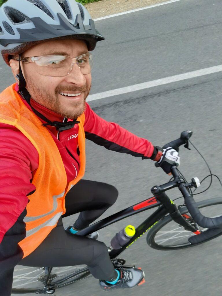 2151 км на велосипеді: Олег Собчук вирушає у велотур по всій Україні