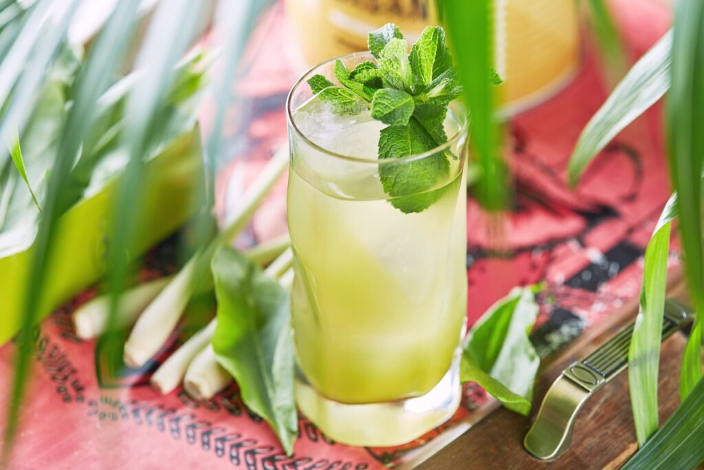 Травяной лимонад