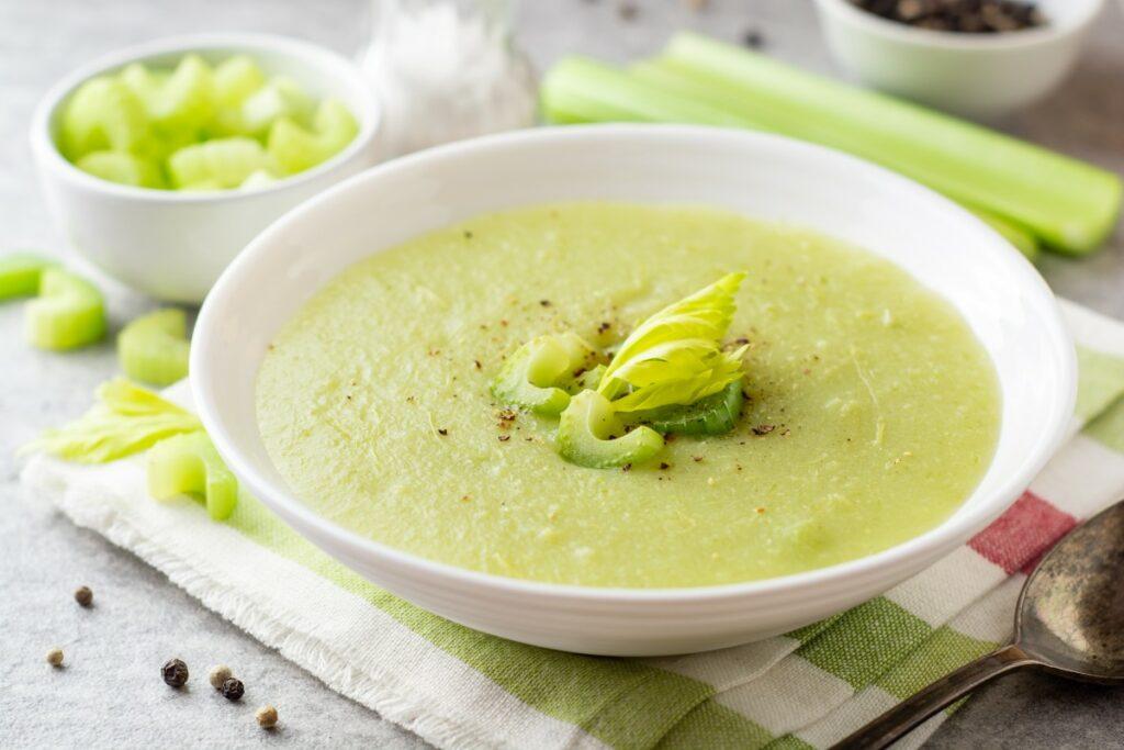 Боннский суп из корня сельдерея для похудения