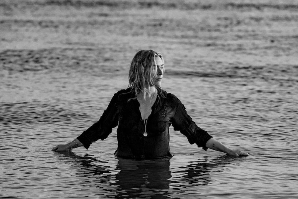 Кейт Вінслет про вікові зміни та б'юті-секрети, доступні кожному (інтерв'ю)