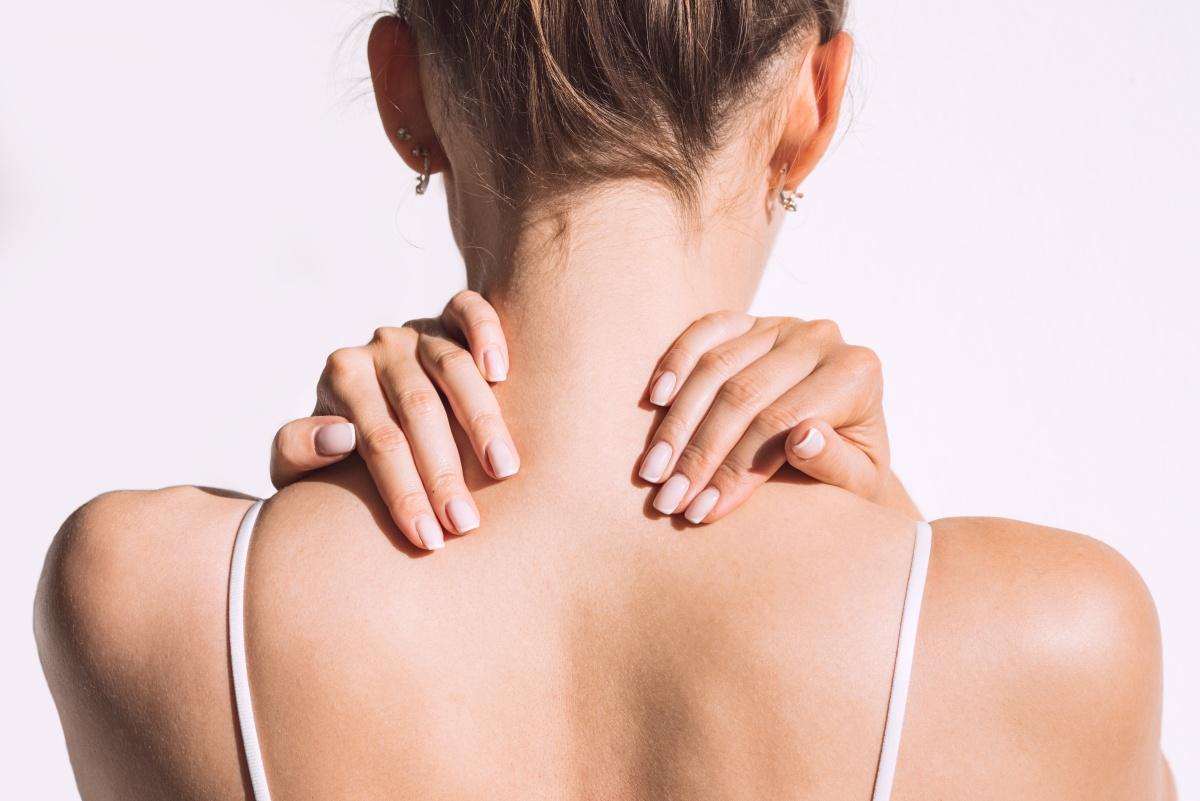 Топ-5 упражнений для укрепления мышц шеи и улучшения осанки