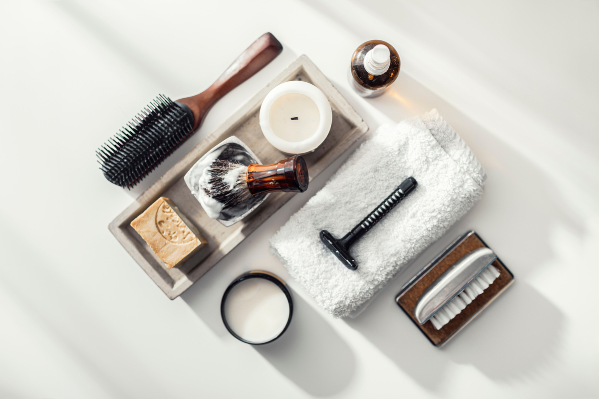 Уход и стайлинг: лучшие средства для мужских волос