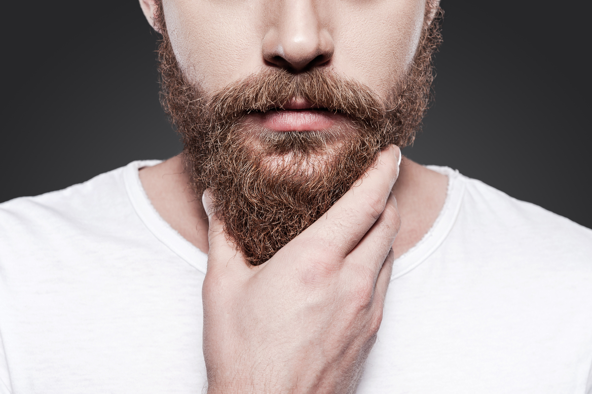 Як доглядати за бородою і вусами: правила й лайфхаки